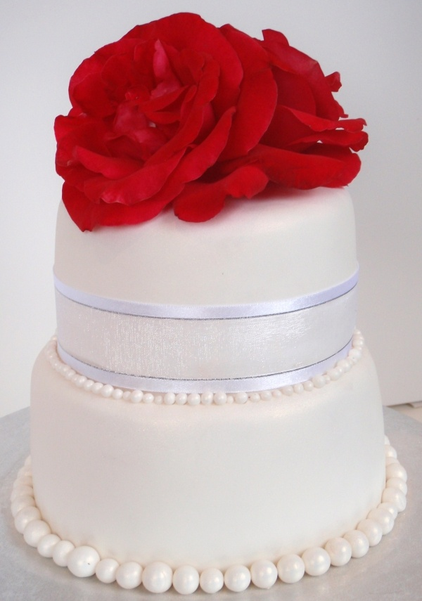 Ruby Wedding Anniversary Cake Red Cream