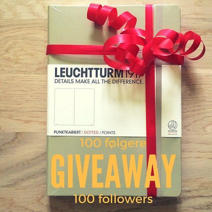 Giveaway på den nye Sand Lauchtturm1917 A5 dotted for å feire 100 følgere på Instagram! For å delta: 1 Følg oss på @tudosno 2 Tag 2 venner i kommentarfeltet. Hvis du tagger flere enn to kan du velge farge selv! #giveaway #leuchtturm1917 #bujonorge #bulletjournal #listelykke #punktjournal #tudos.no #