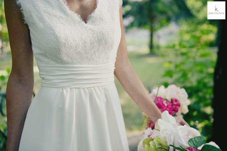 www.kaacouture.com modèle Manon. kaa couture créatrice de robe de mariée à lyon. mariée / longue credit: Eulalie Varenne