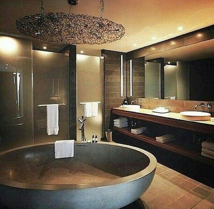 Golden class bathroom. 25  best ideas about Mansion Bathrooms on Pinterest   Mansion