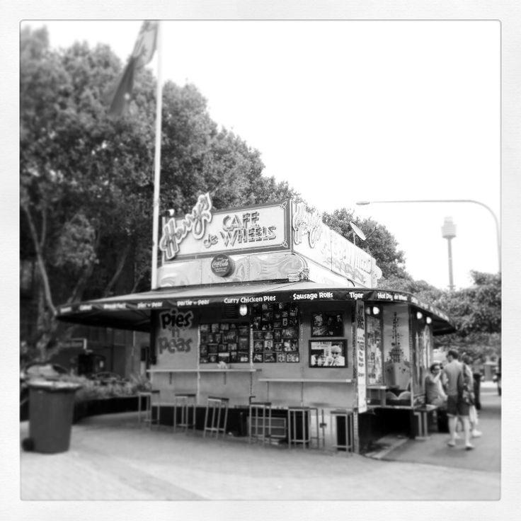 Harry's, Cowper Wharf Road, Sydney ❤️