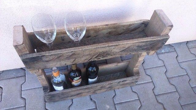 Police na vino a sklenicky - obrázek číslo 1