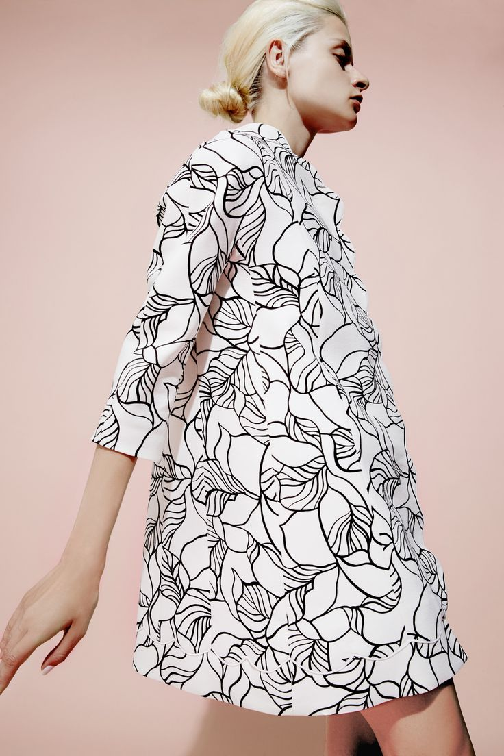 Giambattista Valli Resort 2016 cotton leaf print caban on Moda Operandi