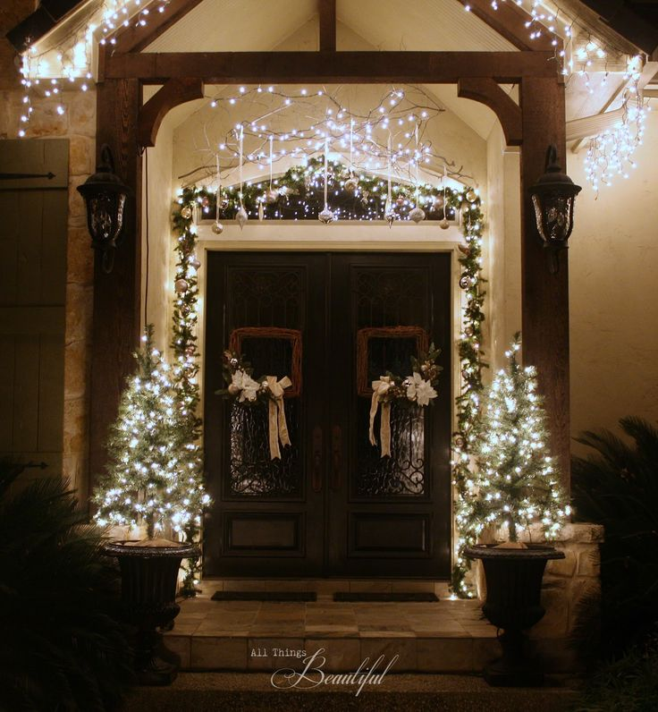 Lighted Outdoor Garland 171 best christmas lights ideas and more images on pinterest merry 171 best christmas lights ideas and more images on pinterest merry christmas christmas deco and christmas decor workwithnaturefo