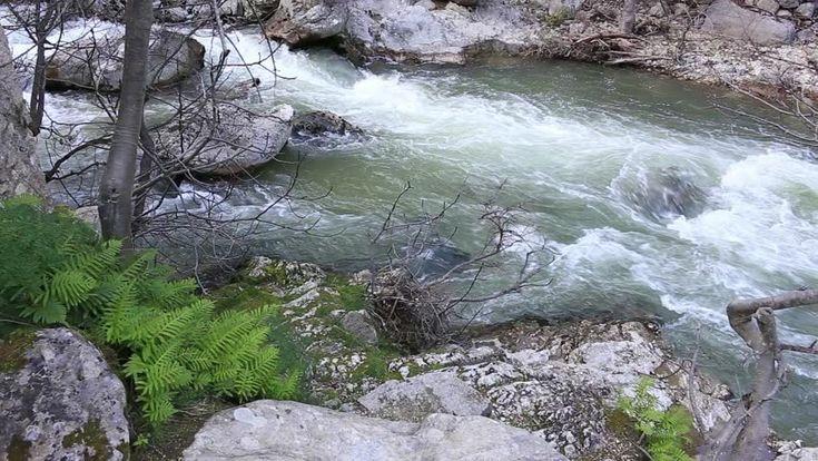 Aterno river inside San Venanzio gorges