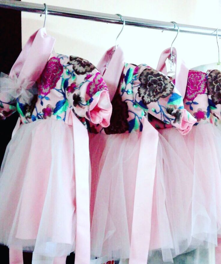 #little #littleprincess #flowerdress #flowerdesign #pinkdress #littlegirldress #pink #rosesembroidery #fuchsia #floweraccessories #fashionaddict #instafashion #fashiondesign #margoconcept #margo #brasov #rochitabotez #rochita #broderie #roz #rochitabotez #bespoke #bespokedress #custommadedress #custommade