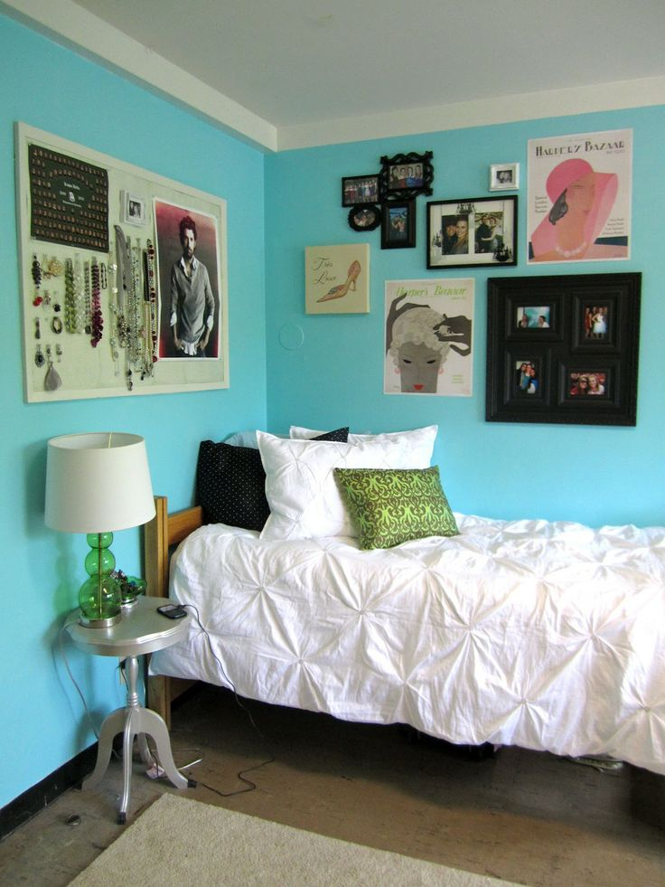 185 best images about dorm decor on pinterest for Cool college bedroom ideas