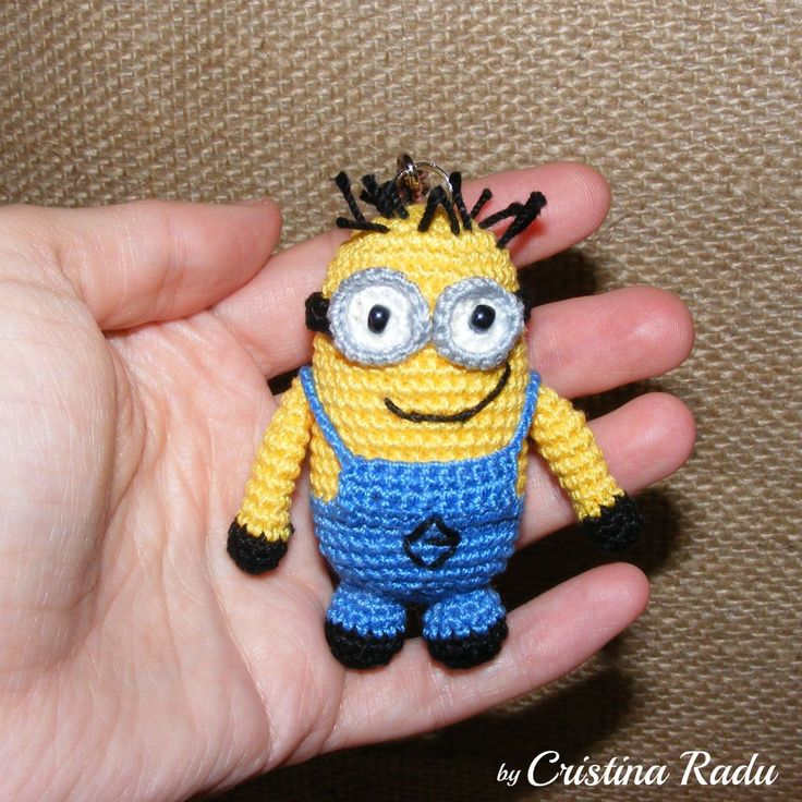Minion, Despicable Me, keychain minion with two eyes, amigurumi keychain minion, crochet little minion, toy keychain, key ring minion, gift - pinned by pin4etsy.com