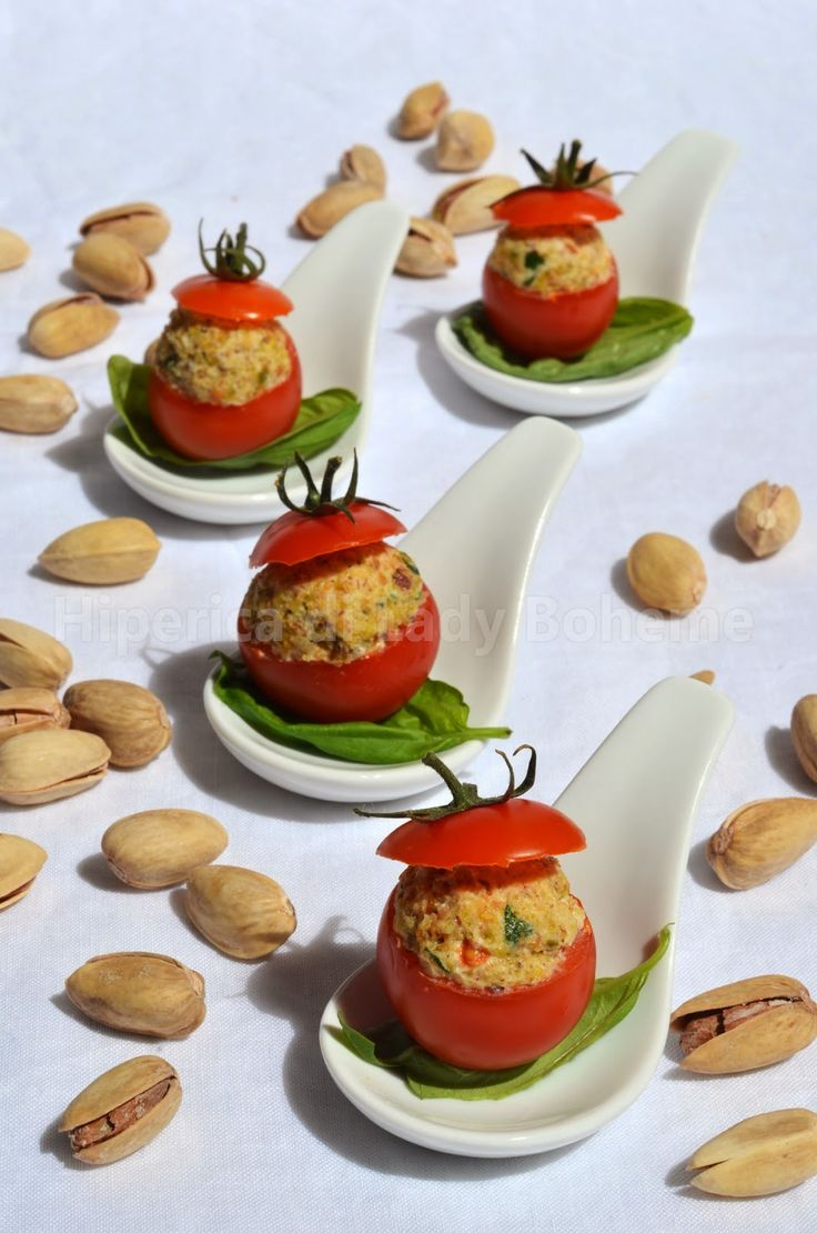 ITALIAN FOOD - POMODORI PACHINO RIPIENI CON ROBIOLA E PISTACCHI (Stuffed Cherry Tomatoes with Soft Cheese and Pistachios)