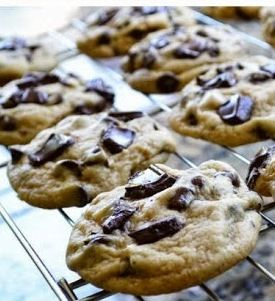 Best Chewy Chocolate Chip Cookie