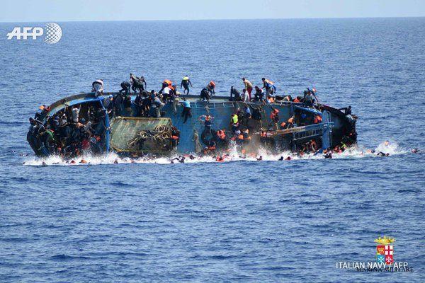 #UPDATE Up to 700 migrants feared dead in Mediterranean this week: UNHCR https://uk.news.yahoo.com/700-migrants-feared-dead-mediterranean-week-unhcr-093251037.html  AFP news agency #BREAKING
