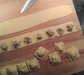 Ravioli selber machen mit Maronen und Salbeibutter