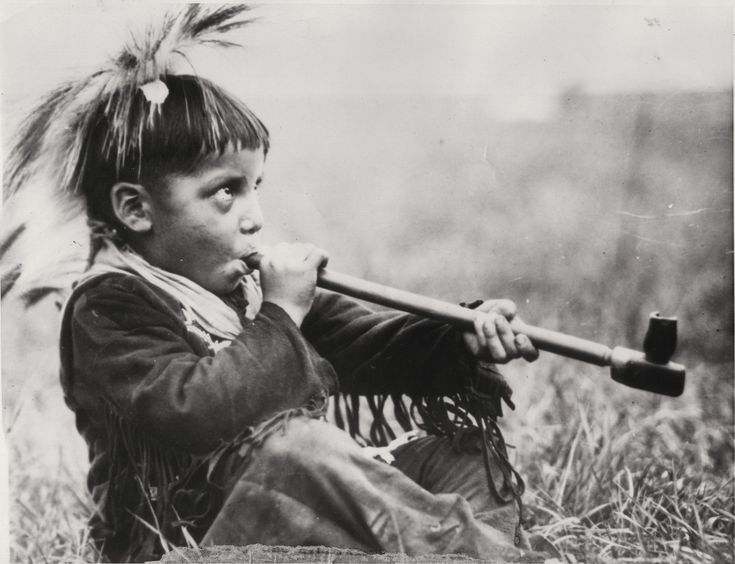 the use of pipe as a native american ritual Native americans speak out on sacred healing and transformational rituals the ghost dance the pipe ceremony the purification ceremony the vision quest.
