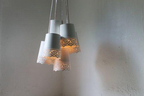 Lace kroonluchter Lamp, wit metaal Lace Hangers, opknoping kroonluchter…