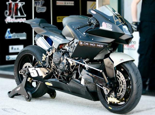 Vyrus 986 M2 cool