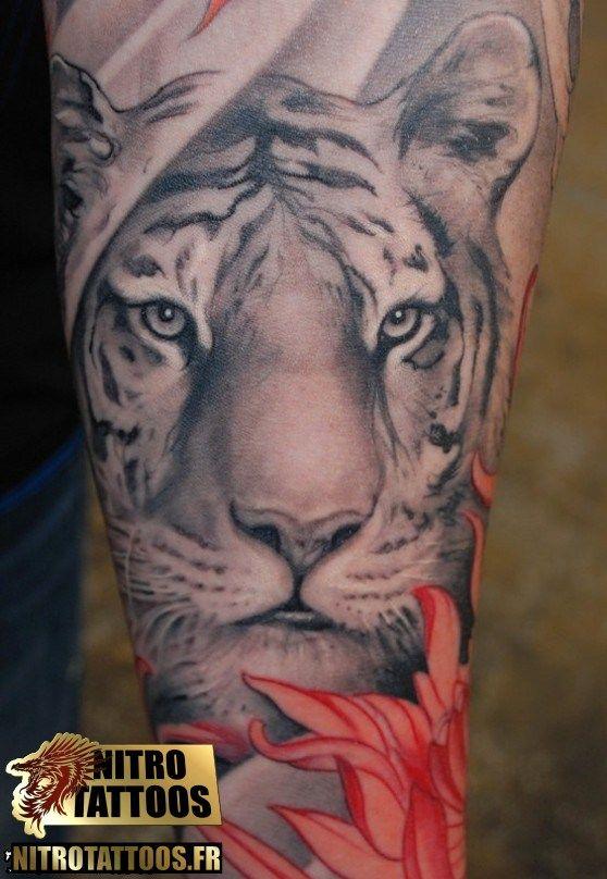 image tatouage tigre tatouage tatouages tattoos tattoo nitrotattoos tatouages pinterest. Black Bedroom Furniture Sets. Home Design Ideas