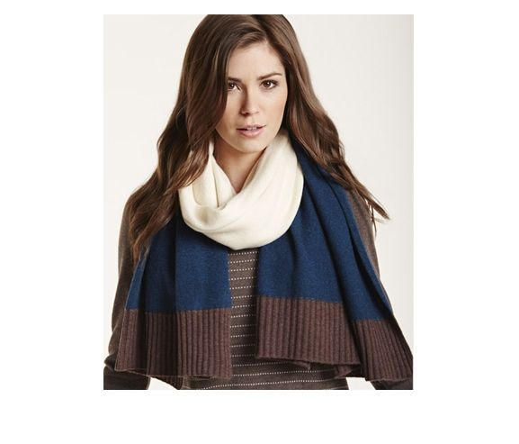 NEEDLE BOUTIQUE - Women's 100% Scottish cashmere shawl. Made in Italy.