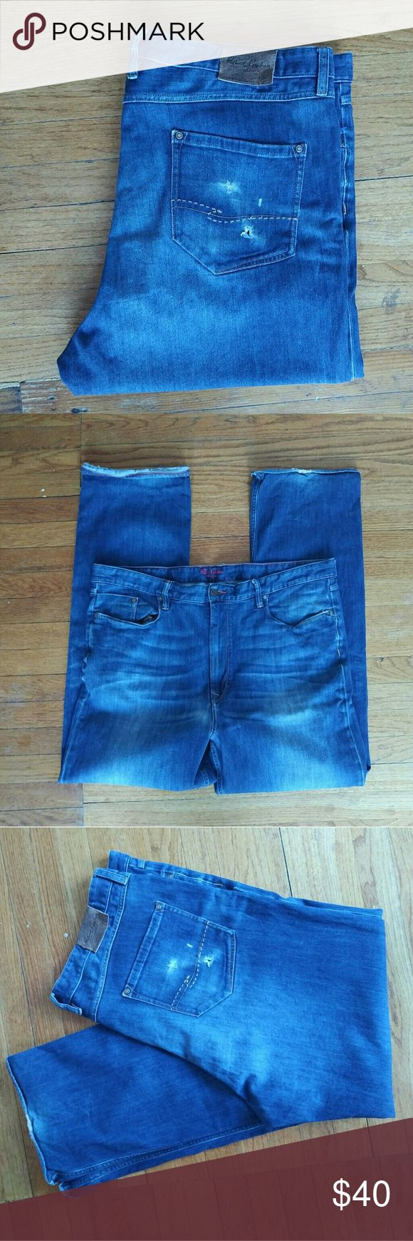 Robert Graham Mens Blue Jeans 44 Robert Graham Preowned Blue jeans mens size 44 Yates shows some wear shown in photos jeans has lots of life left Robert Graham Jeans