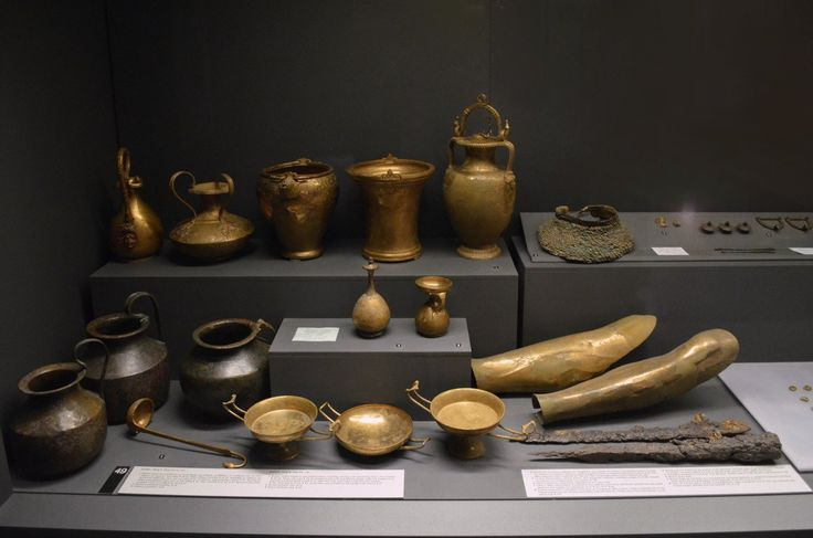 Ritual & bathing vessels, banqueting utensils, pieces of armor. 330-320 BC. Thessaloniki, #archaeological #museum. #Macedonia.