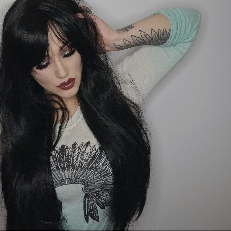 The Dark Modelled by the awesome @imogenhearts #lushwigsthedark #lushwigs #wig #gorgeoushair #blackhair #gothic #makeup #hairspiration Available now from Lushwigs.com