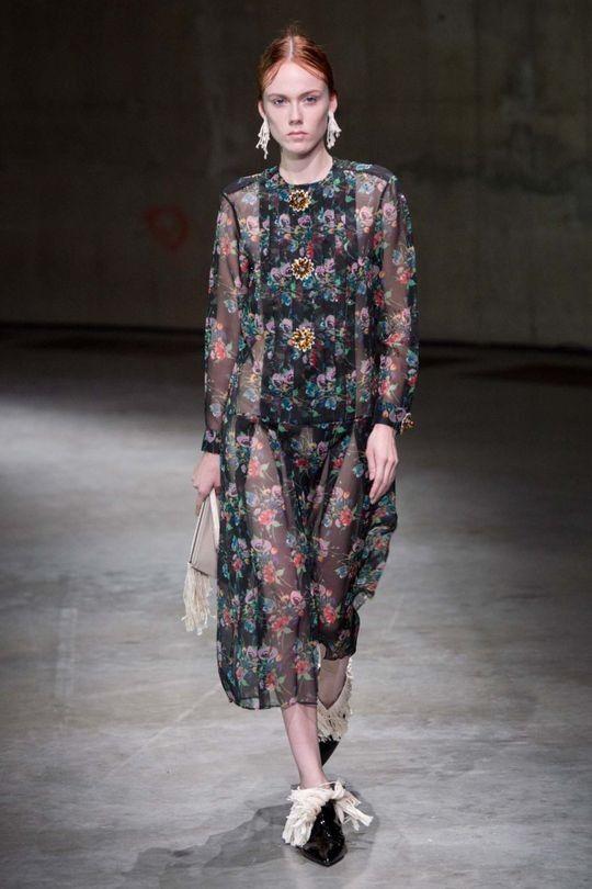 Christopher Kane ready-to-wear spring/summer '18 - Vogue Australia