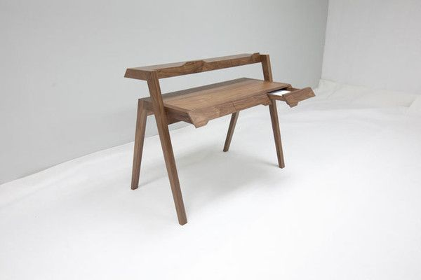 Line Series Primary Desk designed by Nathan Yong