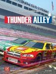Thunder Alley is zoals Formula D maar voor stock car races. Het spel gaat razendsnel en het leuke is dat je als team wint en niet door als eerste de finishlijn te overschrijden. Ook speelbaar zonder rijbewijs.