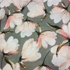 Tricot viscose bloemen rustiek - PW Hoofs - stoffen fabrics