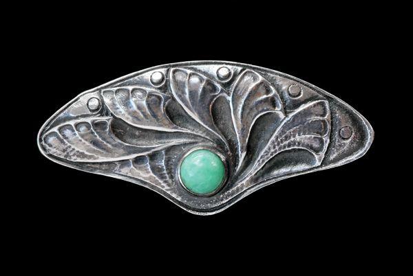 FONS REGGERS 1886-1962 Amsterdam School Brooch Silver Amazonite H: 2.2 cm (0.87 in) W: 4.8 cm (1.89 in) Marks: RR4 (hallmark for Reggers) & sword mark (for 835 S) Dutch, c.1925