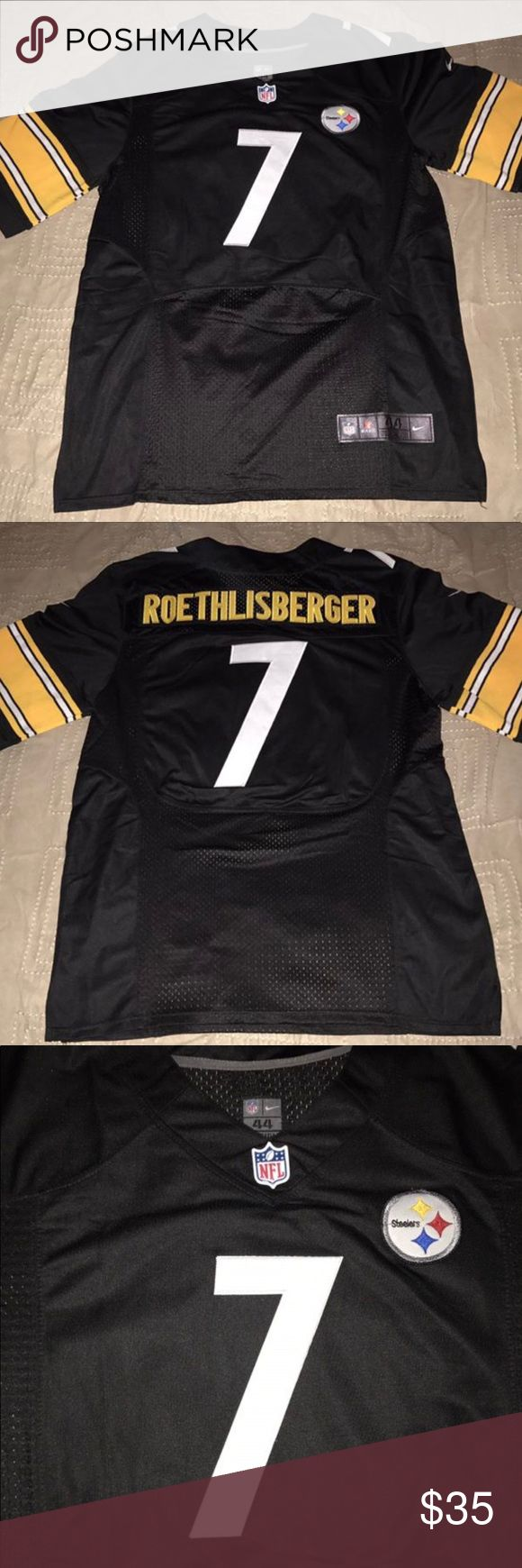 Ben Roethlisberger Pittsburgh Steelers Jersey Very nice Ben Roethlisberger Pittsburgh Steelers Replica jersey! Size men's L(44)! 9/10 condition! This jersey is used. It is 100% stitched and has minimal flaws. Machine Washed and Cleaned! If you have any questions please let me know! Nike Shirts Tees - Short Sleeve
