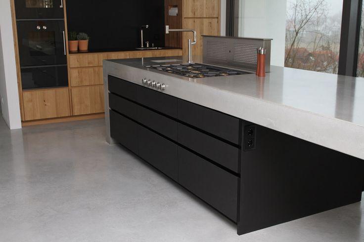 Ideen für deine neue schwarze Kochinsel Bilder von edlen, dunklen - sockelleisten für küchen