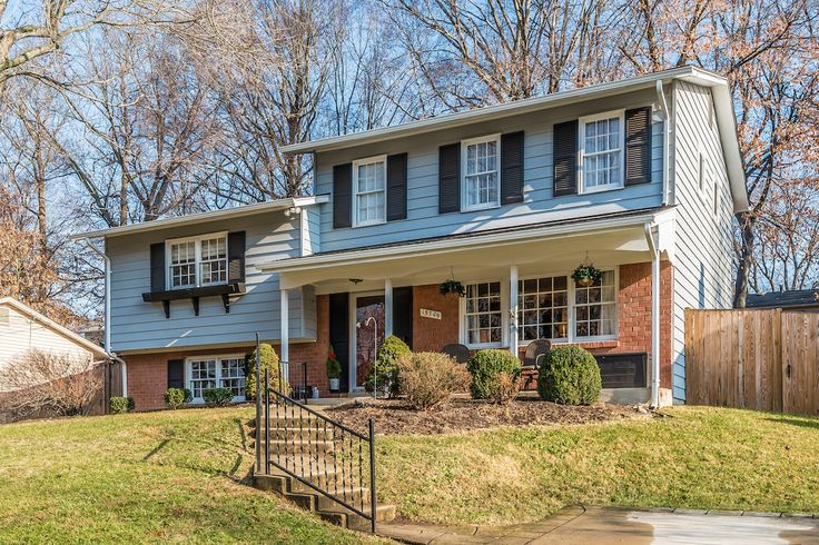Maria M. Redden and Team Reeder of Long & Foster REALTORS® just listed 13709 Sloan Street Rockville MD 20853 Immaculate 5 level split in sought after Rock Creek Manor situated on a cul-de-sac road. Large 4 bedroom+den, 2.5 bath home with new roof & gutters in 2016. Lovely updated kitchen with granite counters, ceramic back splash, ceramic floor & stainless steel appliances. Hardwood floors throughout the rest of the main floor & upper 2 levels. Lower bonus room & office...