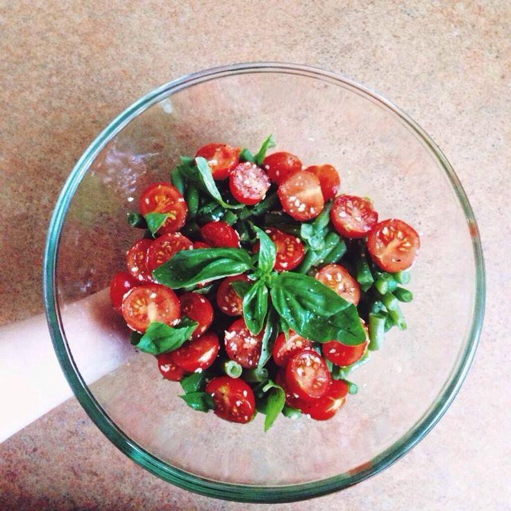 Теплый салат из зеленой фасоли рецепт с фото