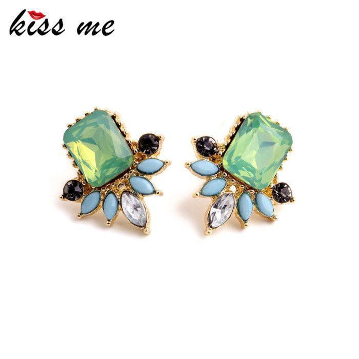 Unusual Flashing Imitation Emerald Opal Women Stud Earrings Fashion Jewelry Factory Wholesale