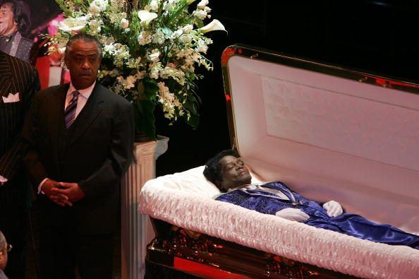 9 Celebrites Who Had Open Casket Funerals Celebs And