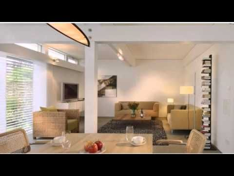 Civetta - Wenningstedt - Visit http://germanhotelstv.com/civetta This modern holiday home is quietly located in the scenic island of Sylt a 10-minute walk away from the beach. Civetta features a large garden bicycle storage facilities and free Wi-Fi throughout. -http://youtu.be/NTm74Z0eB0Y