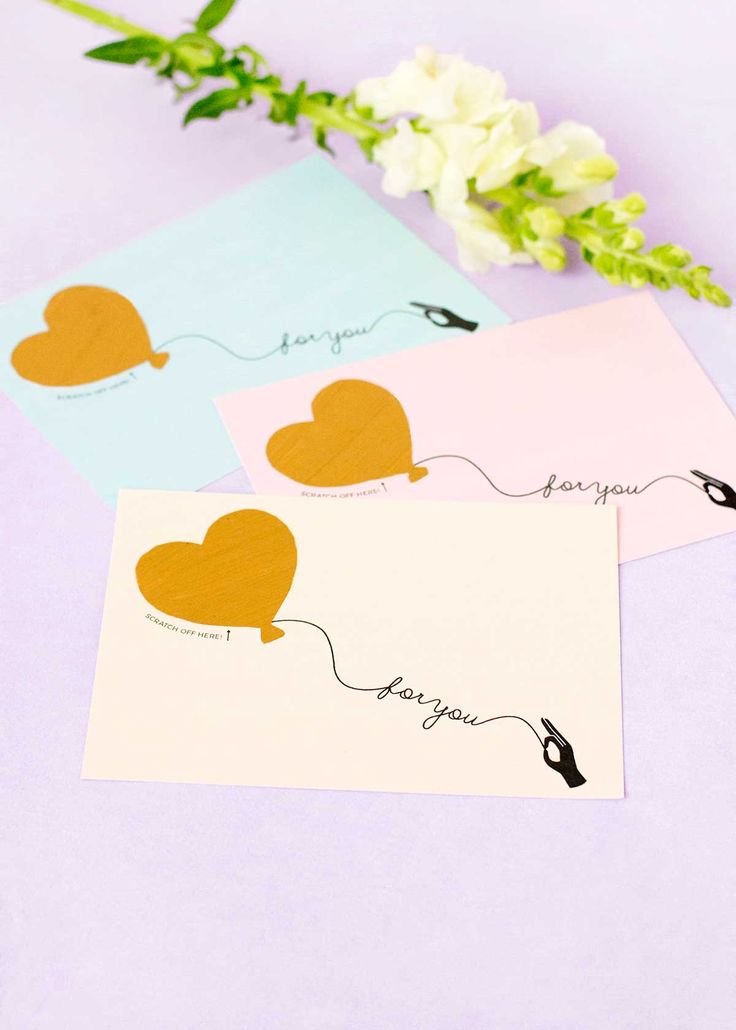 Heart balloon scratch off greeting card DIY - with free printable!