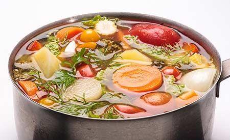 Rezepte für herzhafte basische Suppen und Eintöpfe. Unterstützen Sie ihren Körper bei der Entsäuerung. Der Körper kann mit basischen Lebensmitteln leicht entsäuern.