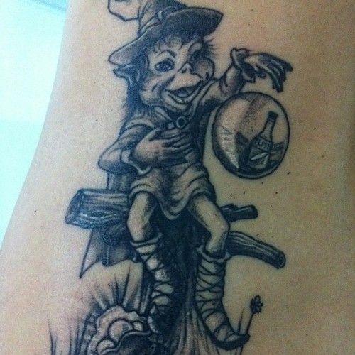 """ritasardano1  #casttattoo  In redazione stanno arrivando tantissime foto di tatuaggi con storie bellissime.  Grazie a tutti e continuate così!  Ecco il tatuaggio di """"ritasardano1"""".  """" È stato un regalo del mio fratello maggiore, di parecchi anni fa, ho deciso di farmelo tatuare quando avevo 18 anni. """"  http://tattoo.codcast.it/"""