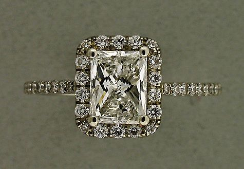 Google Image Result for http://jewelryfind.net/wp-content/uploads/2010/10/Antique-Engagement-Rings-14.jpg