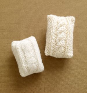 Free knitting pattern for Felted Soap Cozy With Cable