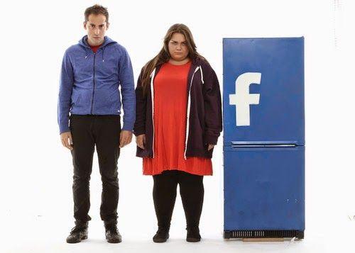 Un teatro SocialMente instabile: se anche tu credi che la vita sia più facile su Fb, Twitter, Pinterest, ecc devi assolutamente leggere questo post!