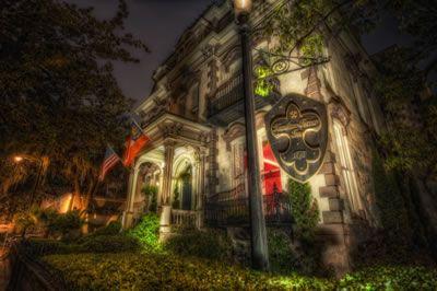 Stay in a haunted Hotel, in Savannah Georgia