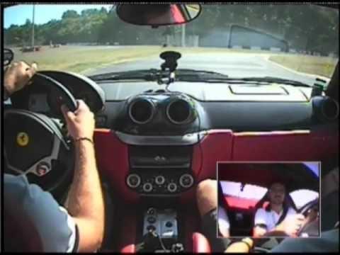 Esperienza alla guida di una Ferrari sul circuito di Viterbo. L'abbiamo provata anche noi!