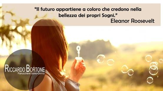 """Quotes - Citazioni """"Il futuro appartiene a coloro che credono nella bellezza dei propri sogni."""""""