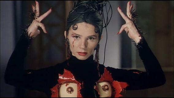 movie-kika-pedro-almodovar-1993