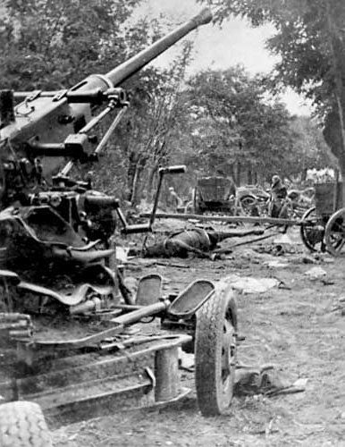 Polish Bofors AA gun abandoned after the column was attacked by German aircraft, Battle of Bzura, Poland, Sep 1939
