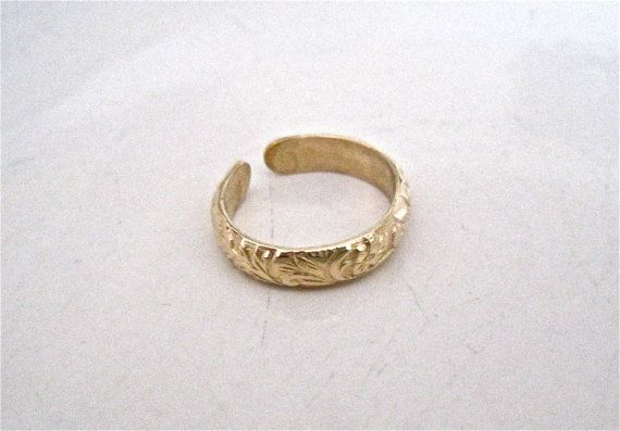 gold toe ring by TheJewelryTherapist on Etsy