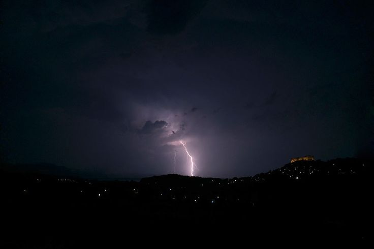 Lightning ground strike at 23:28 on 6 August 2014