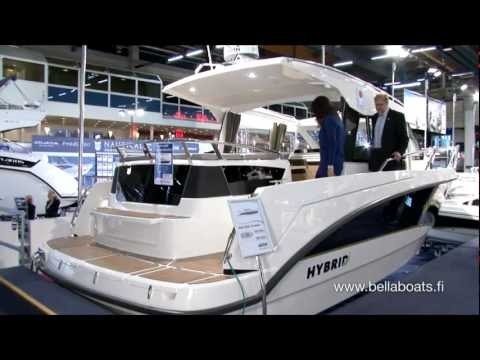 Bella Boats is Finland's and the Nordic countries leading manufacturer of fibreglass motorboats. In this video (in Finnish): Bella 9000 Hybrid, Aquador 35 and Flipper 670 motorboats (all Bella brands) at the Helsinki International Boat Show 2012. Video credits LauantaiForum at channel TV5.